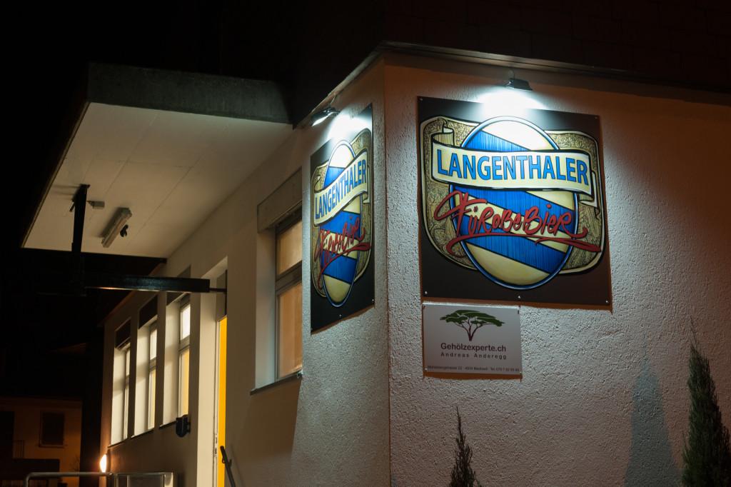 Langenthaler Bierbrauerei Aussenansicht bei Nacht